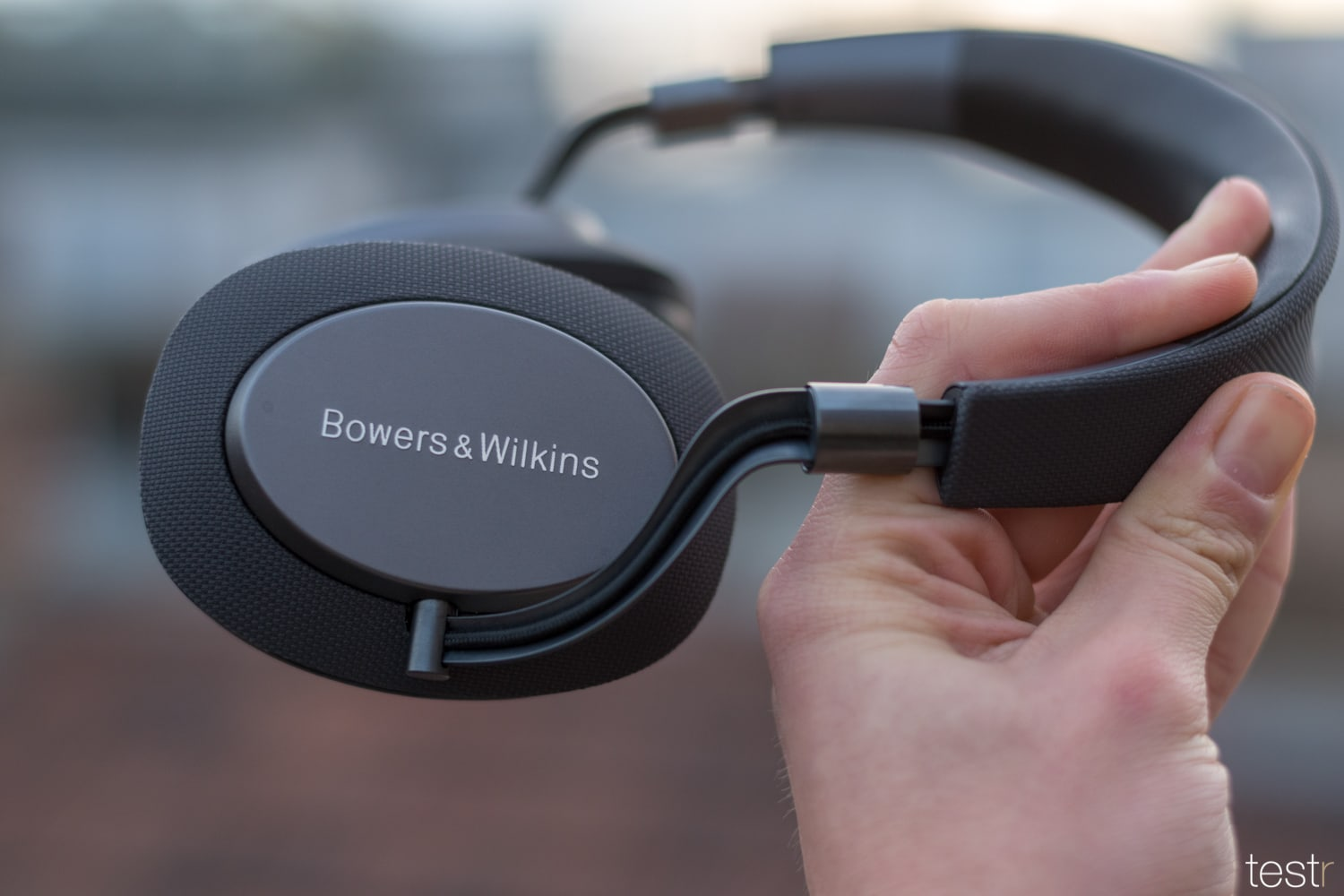 Bowers Wilkins PX 13