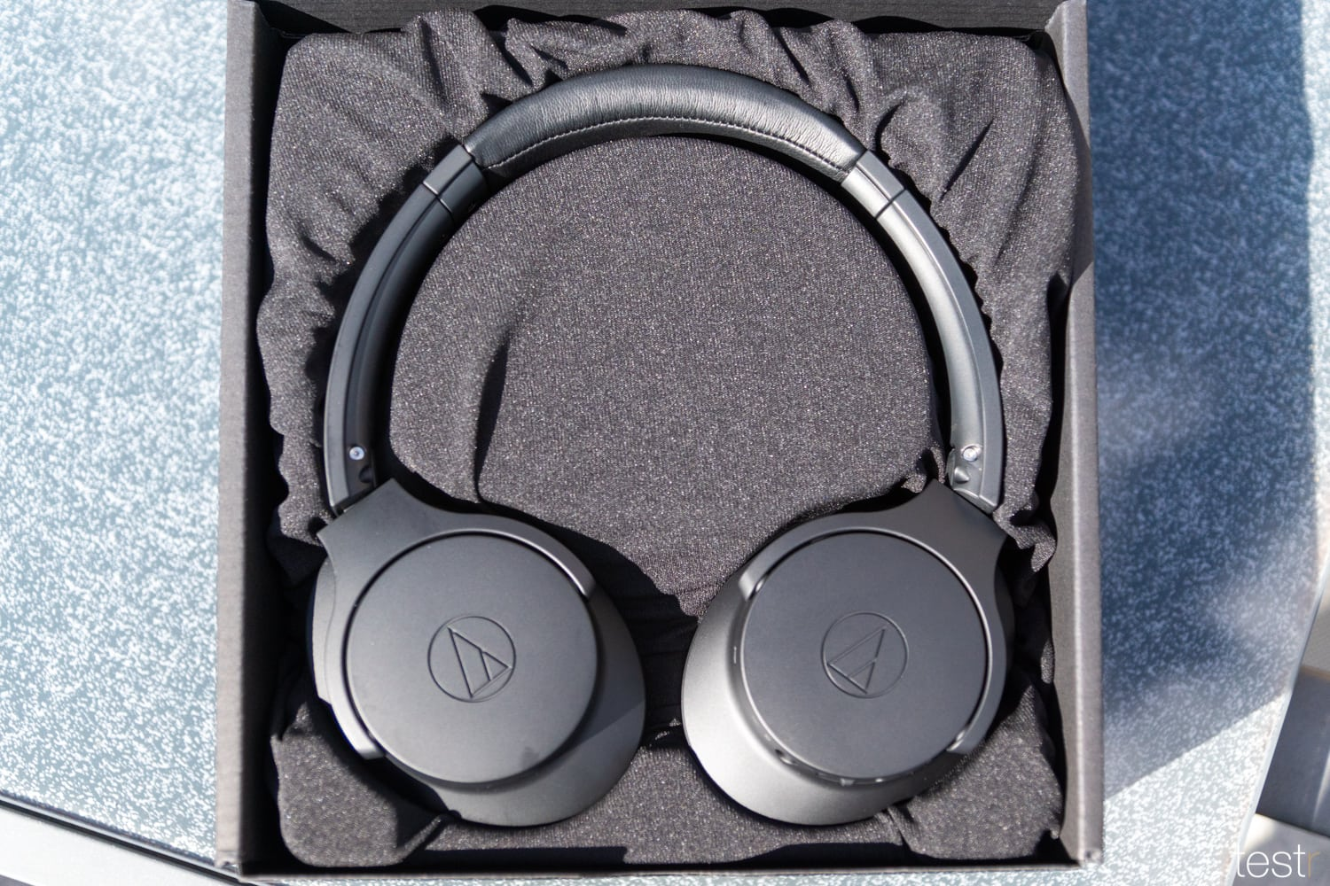Audio Technica ATHANC700BT 4