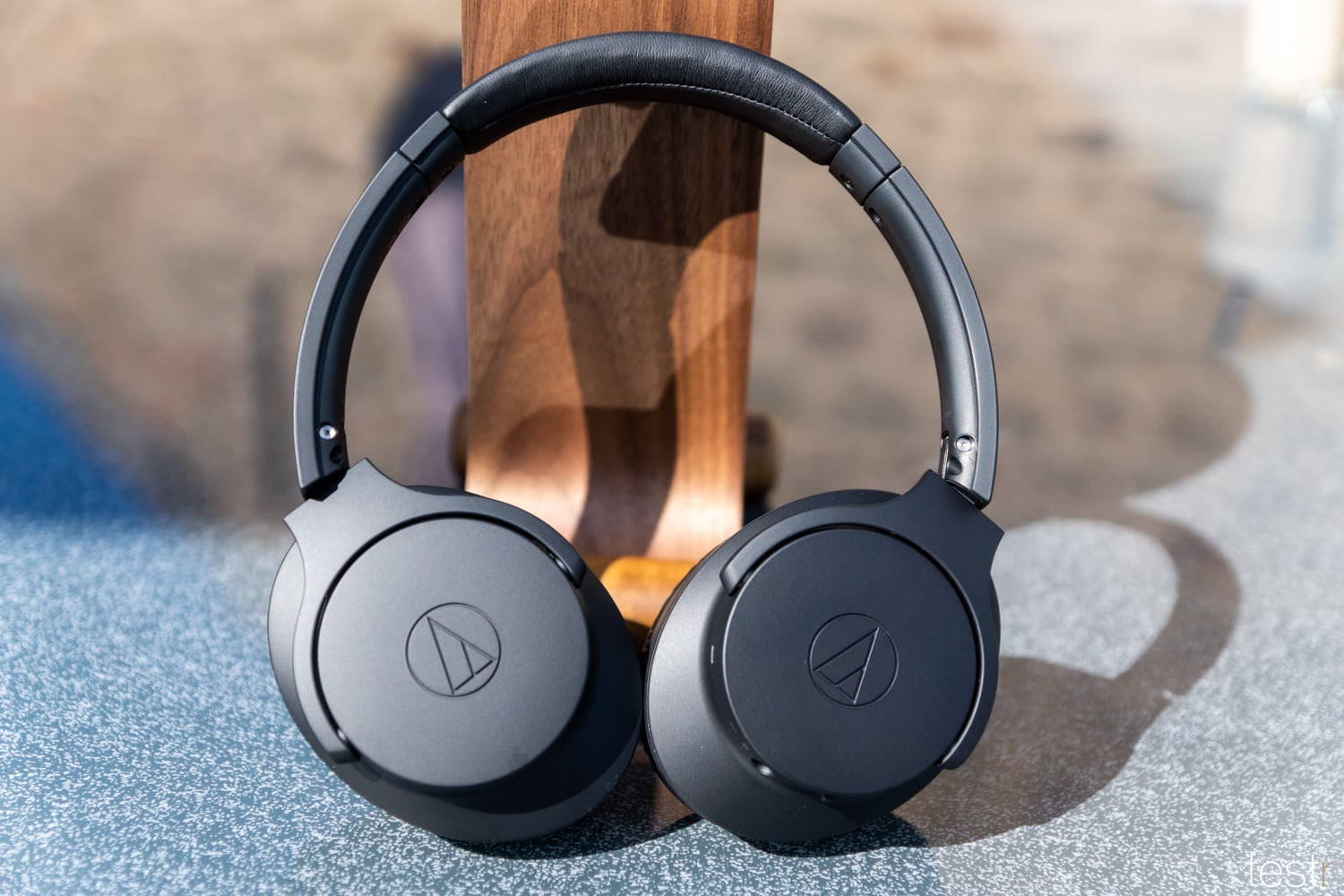 Audio Technica ATHANC700BT 7