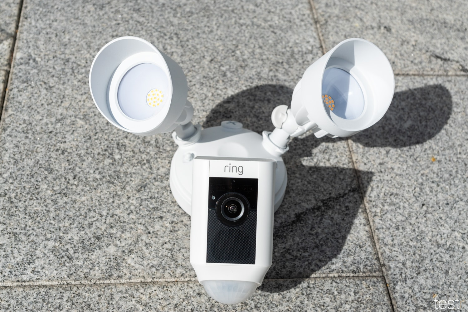 Ring Floodlight Cam 10