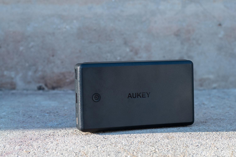 Vorderseite AUKEY USB-C Powerbank 26500mAh