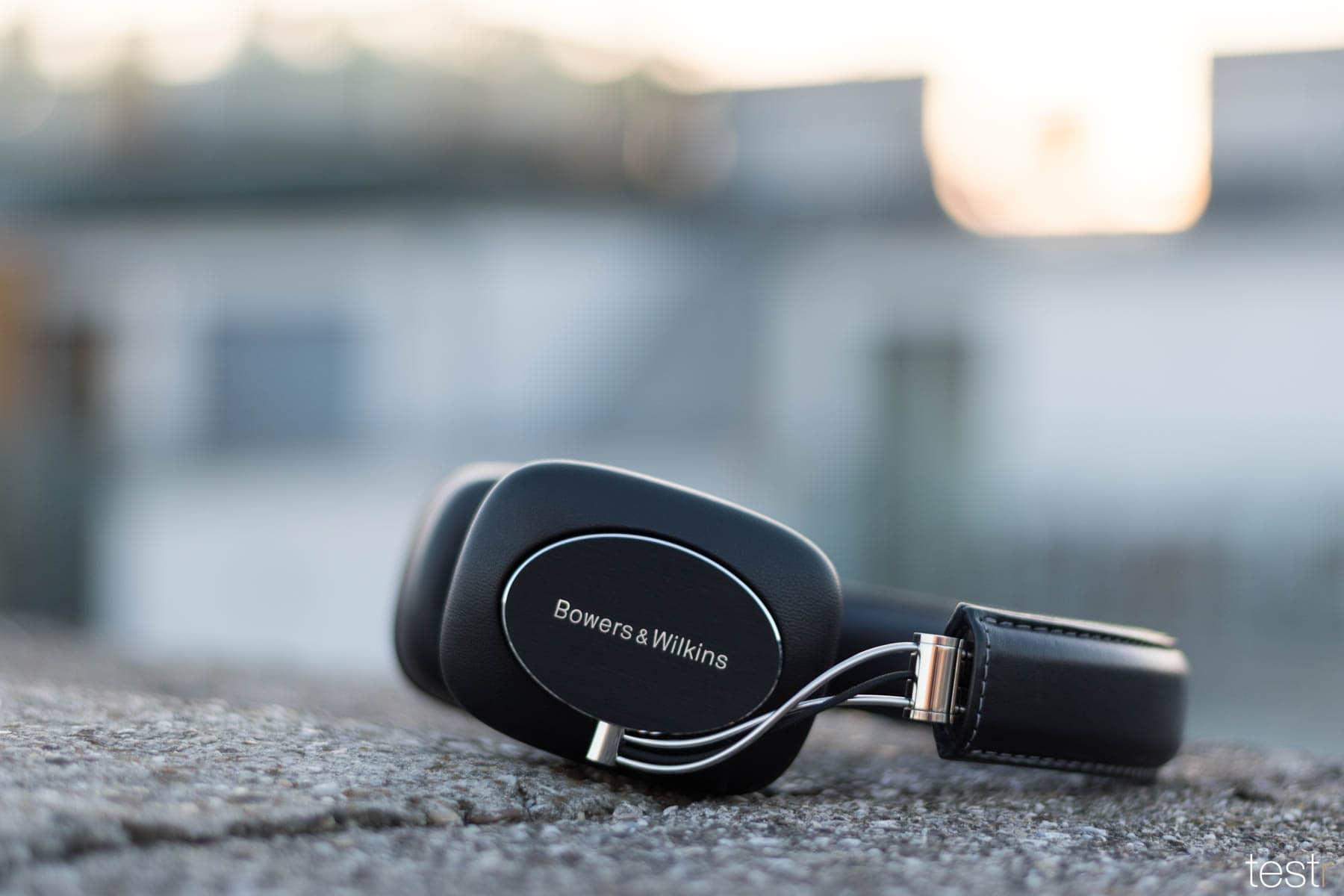 Bowers Wilkins P7 Wireless 13